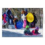 Invierno - Sledding en el parque Felicitación