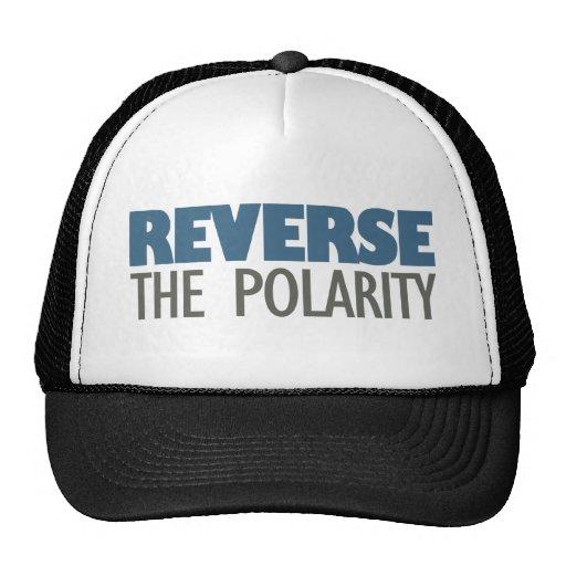 Invierta la polaridad gorras