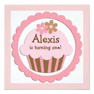Invitación adaptable del cumpleaños de la