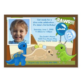 Invitación adorable del cumpleaños del dinosaurio invitación 12,7 x 17,8 cm