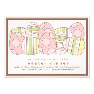 Invitación adornada moderna de la cena de Pascua d