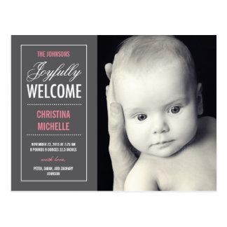Invitación agradable alegre del nacimiento tarjetas postales