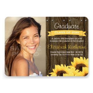 Invitación amarilla de la graduación del girasol
