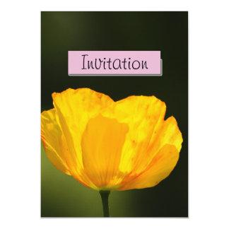 Invitación amarilla de la invitación del fiesta de