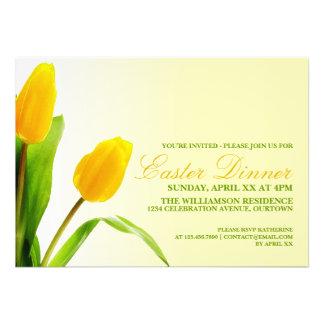 Invitación amarilla del fiesta de cena de Pascua d