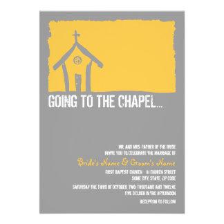 Invitación amarilla y gris del boda de la capilla