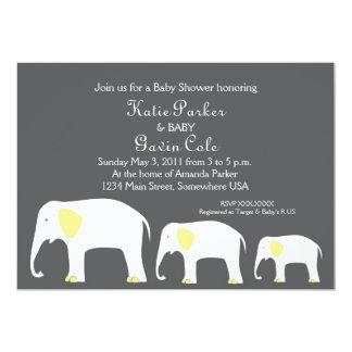 Invitación amarilla y gris del elefante de la