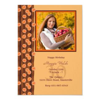 Invitación anaranjada de la foto de las chucherías