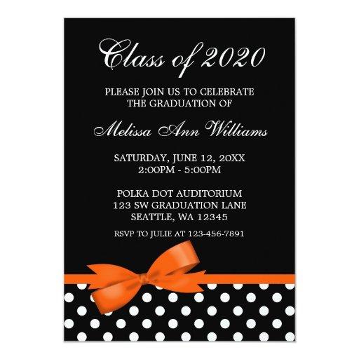 Invitación anaranjada de la graduación de los invitación 12,7 x 17,8 cm