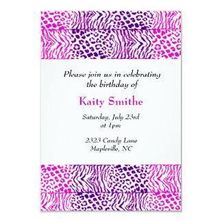Invitación animal rosada y púrpura del cumpleaños