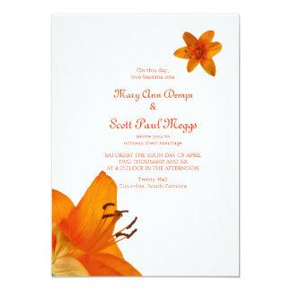 Invitación asiática anaranjada del boda del lirio invitación 12,7 x 17,8 cm