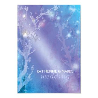 Invitación azul brillante del boda del bosque