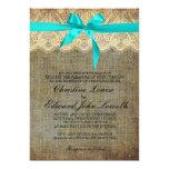 Invitación azul clara del boda del arco y del