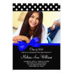 Invitación azul de la graduación de la foto de los