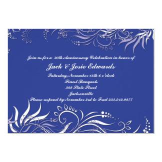 Invitación azul del aniversario de Swirly