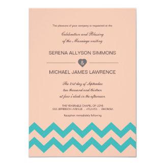 Invitación azul del boda de Chevron del coral y