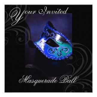 Invitación azul del fiesta de Halloween de la másc