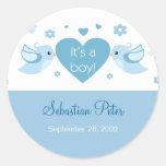 Invitación azul del nacimiento del bebé de los pegatina redonda