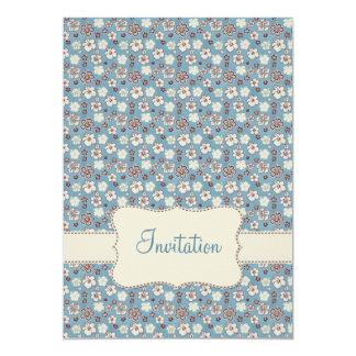 Invitación azul floral del cumpleaños del modelo