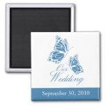 Invitación azul simple del boda de la mariposa imán para frigorífico