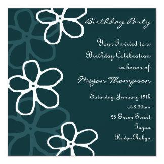 Invitación azul y blanca del cumpleaños del diseño