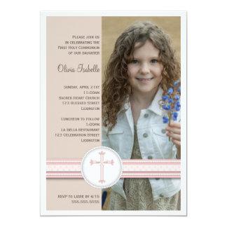 Invitación beige de la comunión de la foto del invitación 12,7 x 17,8 cm