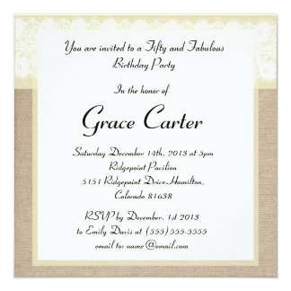 Invitación beige elegante del cumpleaños del invitación 13,3 cm x 13,3cm