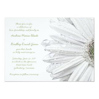 Invitación blanca del boda de la margarita del