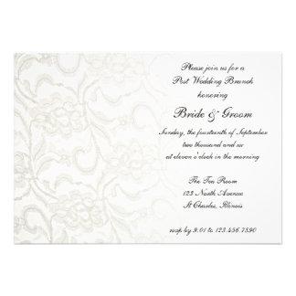 Invitación blanca del brunch del boda del poste de