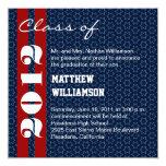 Invitación blanca roja de la graduación de las invitación 13,3 cm x 13,3cm
