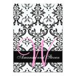 Invitación bonita del boda del monograma del rosa