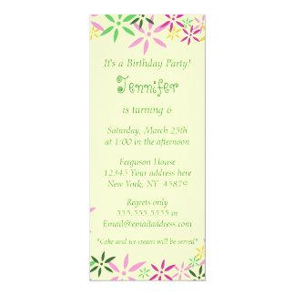 Invitación caprichosa floral del cumpleaños de los