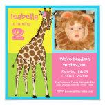 Invitación colorida de la foto de la jirafa de la