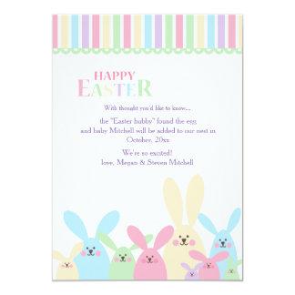 Invitación colorida del embarazo de los conejitos