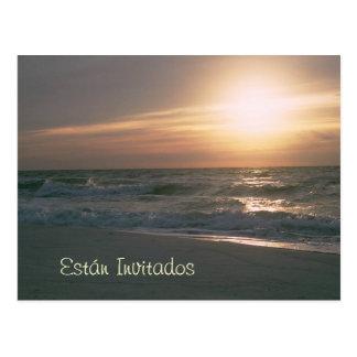 Invitacion con la salida del sol postcard