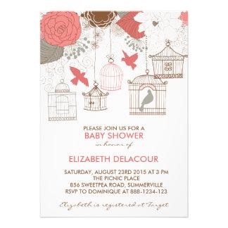 Invitación coralina y gris de la ducha de Birdcage