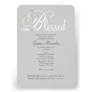 invitación cruzada de plata del bautismo del