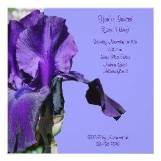 Invitación cuadrada floral púrpura del iris barbud