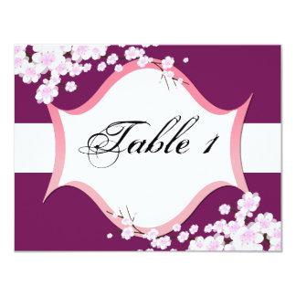 Invitación de boda del número de la tabla - flores