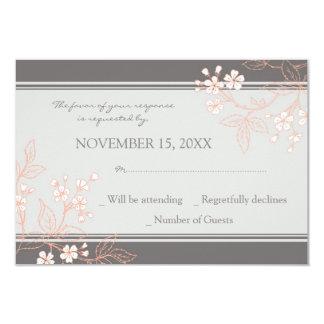 Invitación de boda floral gris coralina de RSVP