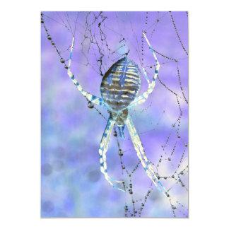 Invitación de Halloween del Web spider de orbe