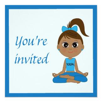 Invitación de la fiesta de cumpleaños a un fiesta