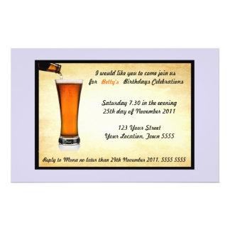 Invitación de la fiesta de cumpleaños tarjetones