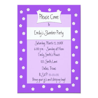 Invitación de la fiesta de pijamas -- Cama púrpura