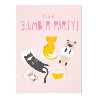 Invitación de la fiesta de pijamas del gatito