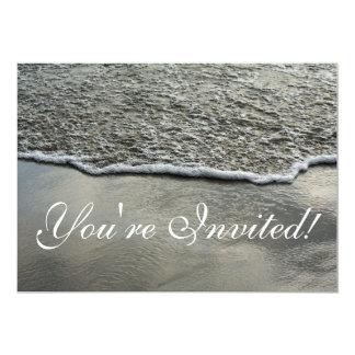 Invitación de la línea de la playa de la playa