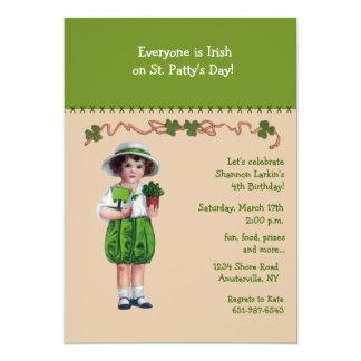 Invitación de la muchacha del día de St Patrick