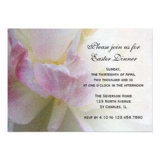 Invitación de lujo de la cena de Pascua del tulipá