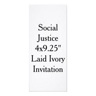 Invitación de marfil puesta de la justicia social