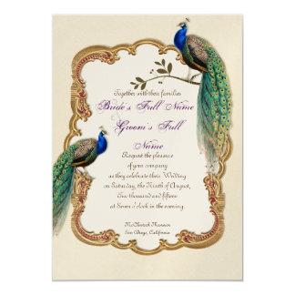 Invitación de oro de los remolinos del pavo real y